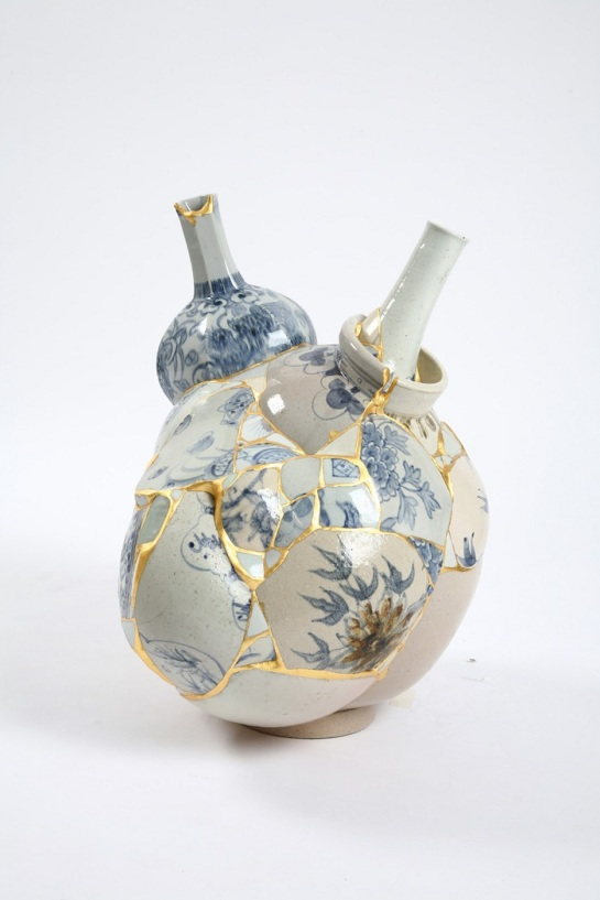 Ceramic-sculptures-made-of-trash-by-Yee-SooKyung-artists-i-lobo-you